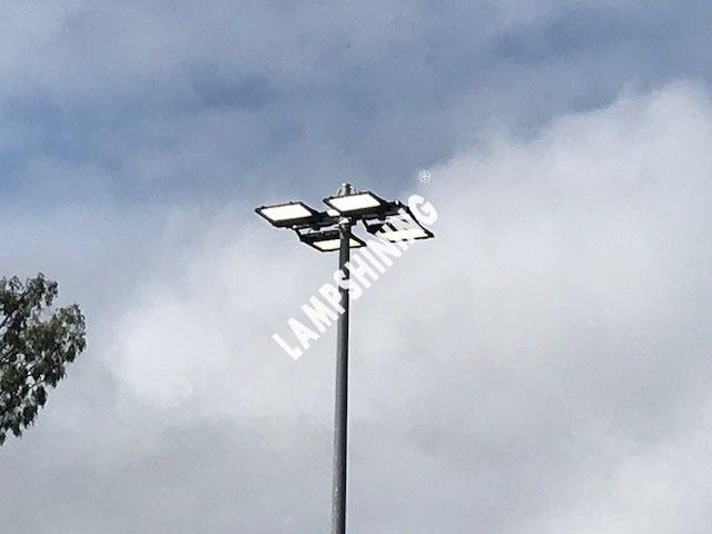 Install 4pcs nemo 300w led flood lgiht on the light pole