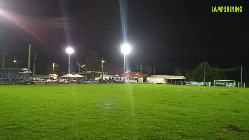 case of 400w led high mast light for soccer field 2